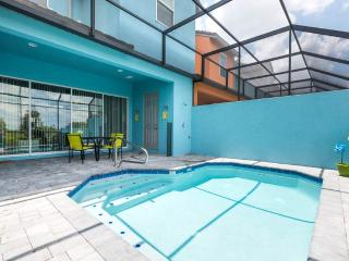 Festival Jubilee, 4 Bedroom Townhome, Private Pool, Davenport