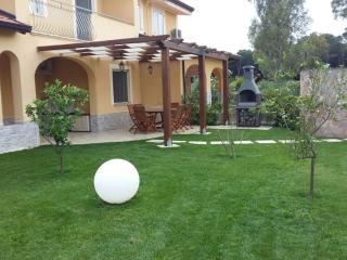 Pizzo Beach Private Villa 8