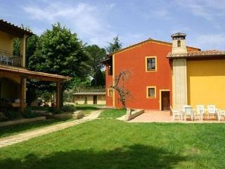 3 bedroom Apartment in Lari, Tuscany, Italy : ref 1304008