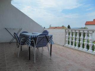 Five person apartment in the town of Krk