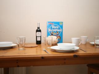 Room for rent June 1st - June 30th €800, Dublin