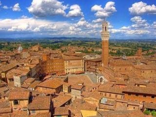 2 bedroom Apartment in Siena, Tuscany, Italy : ref 5476863