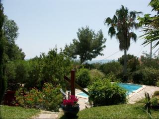 Villa provençale avec piscine vue mer proche plage, Le Lavandou