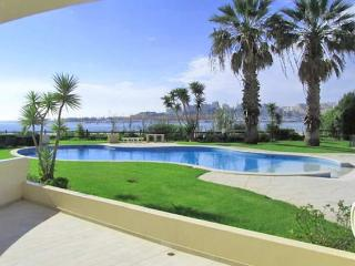 Ferragudo Villa Sleeps 4 with Pool and Air Con - 5238900