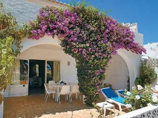 3 bedroom Villa in Montinhos da Luz, Faro, Portugal : ref 5239000