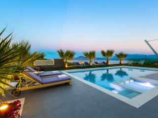 Villa Niolos I - Tranquil hilltop villa, offering spectacular panoramic views