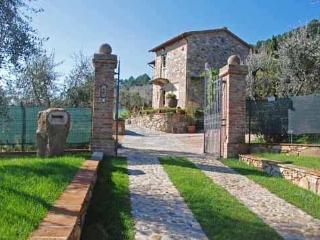 Villa in Castelvecchio, Tuscany, Italy