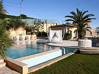 7 bedroom Villa in Juan Les Pins, Cannes, Cote D Azur, France : ref 2000025