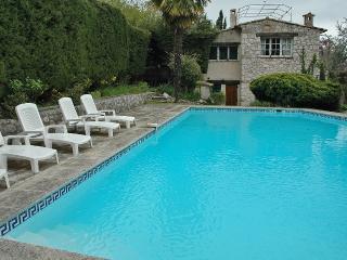 4 bedroom Villa in Tourrettes-sur-Loup, Provence-Alpes-Cote d'Azur, France : ref