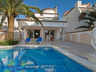 4 bedroom Villa in Empuriabrava, Catalonia, Spain : ref 5043764