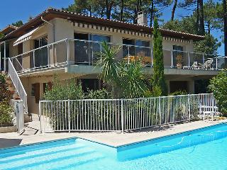 4 bedroom Villa in Lacanau   Lac, Gironde, France : ref 2008166, Lacanau-Océan