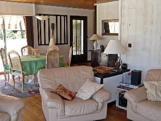 4 bedroom Villa in Lacanau   Lac, Gironde, France : ref 2008166