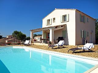 4 bedroom Villa in Saint Saturnin d'Apt, Provence, France : ref 2008256