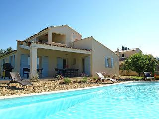 4 bedroom Villa in Saint Saturnin d'Apt, Provence, France : ref 2008258