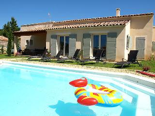 4 bedroom Villa in Saint Saturnin d'Apt, Provence, France : ref 2008259