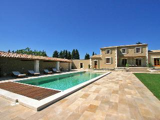 5 bedroom Villa in Chateaurenard, Provence-Alpes-Cote d'Azur, France : ref 50514