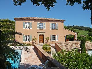 4 bedroom Villa in Sainte Maxime, Cote D Azur, France : ref 2008301, Sainte-Maxime