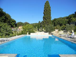 4 bedroom Villa in Castagneto Carducci, Costa Etrusca, Italy : ref 2008673