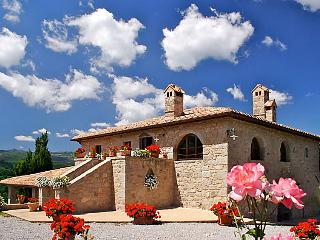 6 bedroom Villa in Castel del Piano, Tuscany, Italy : ref 5055901