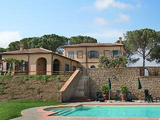 Villa in Saturnia, Maremma Volterra, Italy, Pomonte