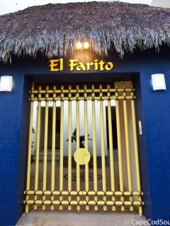 El Farito from the road