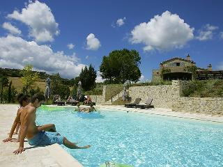 4 bedroom Villa in Orvieto, Umbria, Italy : ref 2008769