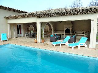 3 bedroom Villa in Les Mayons, Cote d'Azur, France : ref 2009054