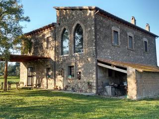 Casale le Bifore - Country house near Rome, Lake Bolsena, Umbria, Vitorchiano