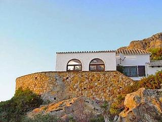 3 bedroom Villa in Zahara de los Atunes, Costa de la Luz, Spain : ref 2009923