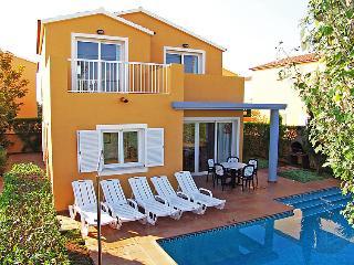 2 bedroom Villa in Ciutadella, Menorca, Menorca : ref 2010086, Cala Santandria
