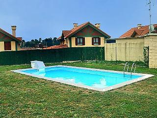 3 bedroom Villa in Barrio de la Iglesia, Cantabria, Spain : ref 5043594