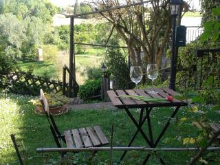 AMAZING LANGHE AND MONFERRATO | HOUSE WITH GARDEN, Calamandrana