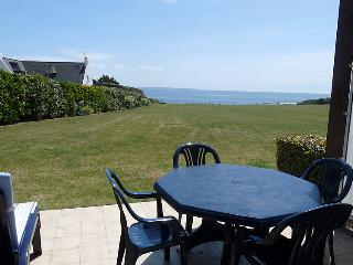 2 bedroom Apartment in Le Pouldu, Brittany, France : ref 5046750
