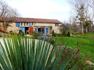 4 bedroom Villa in Jousse, Nouvelle-Aquitaine, France : ref 5046768