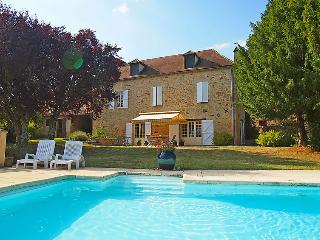 4 bedroom Villa in Domme, Dordogne Lot&Garonne, France : ref 2012105