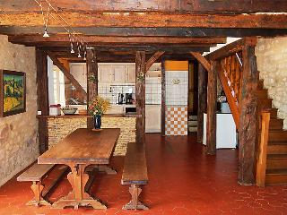 4 bedroom Villa in Domme, Dordogne Lot&Garonne, France : ref 2012105
