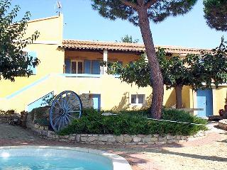 3 bedroom Villa in Vauvert, Occitania, France : ref 5050223