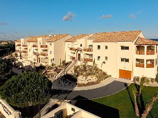 3 bedroom Apartment in Saint Cyprien, Pyrenees Orientales, France : ref 2012355
