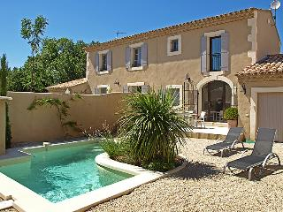 2 bedroom Villa in Saint-Remy-de-Provence, Provence-Alpes-Cote d'Azur, France :