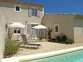 2 bedroom Villa in Saint Remy de Provence, Provence, France : ref 2012530