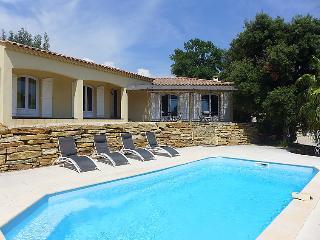 Villa in La Cadiere d'Azur, Cote d'Azur, France, Le Castellet