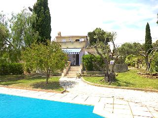 3 bedroom Villa in Les Lecques, Provence-Alpes-Côte d'Azur, France : ref 5051569