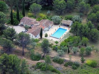 4 bedroom Villa in Le Beausset, Cote d'Azur, France : ref 2012594