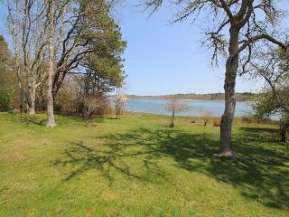 ENJOY WATERVIEWS OF SENGENKONTACKET POND FROM THE WONDERFUL DECK, Oak Bluffs