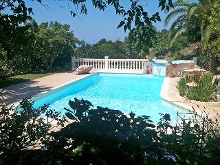 1 bedroom Villa with Pool - 5052037