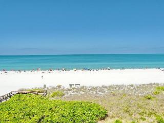 Beachfront gem of a condo w/ spellbinding views
