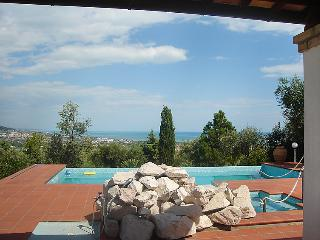 5 bedroom Apartment in Pineto, Abruzzo, Italy : ref 5055003