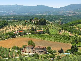 6 bedroom Apartment in Pontassieve, Florence Countryside, Italy : ref 2243156, Donnini