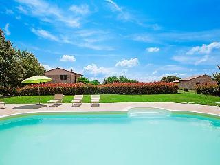 2 bedroom Villa in Monteverdi Marittimo, Tuscany, Italy : ref 5055739