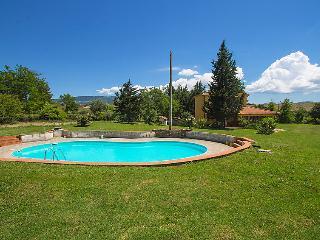 4 bedroom Villa in Cinigiano, Tuscany, Italy : ref 5055896